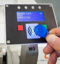 sistema identificazione tramite badge RFID
