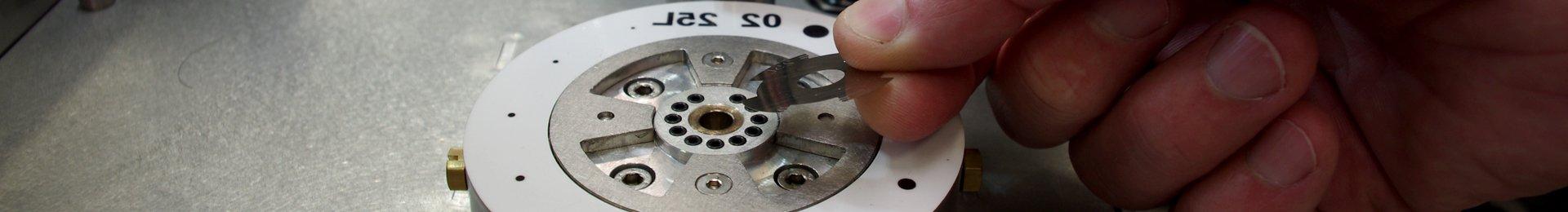 montaggio-meccanico-alta-precisione